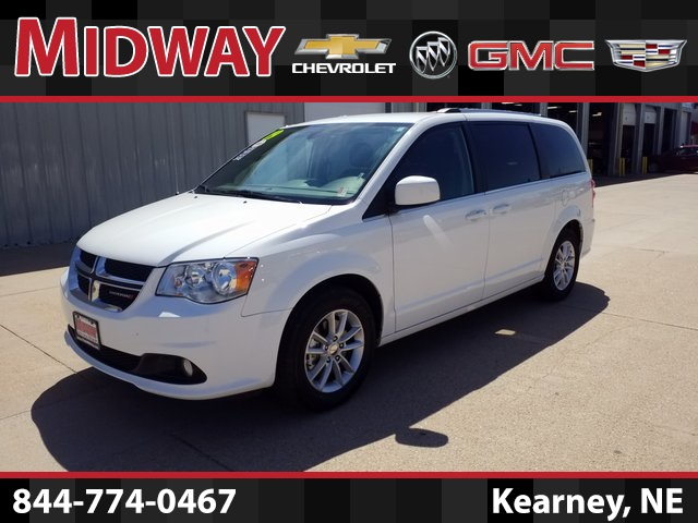 Pre Owned 2019 Dodge Grand Caravan Sxt 4d Passenger Van In Kearney R7600 Midway Auto Dealerships
